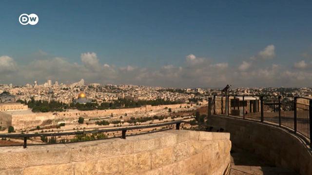 No tourists and pilgrims in Jerusalem