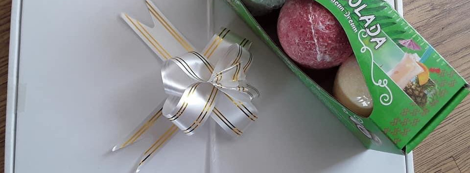 Pina Colada Bath Bombs Gift Box