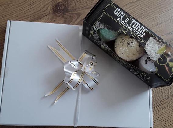 Gin & Tonic Bath Bomb Gift Box