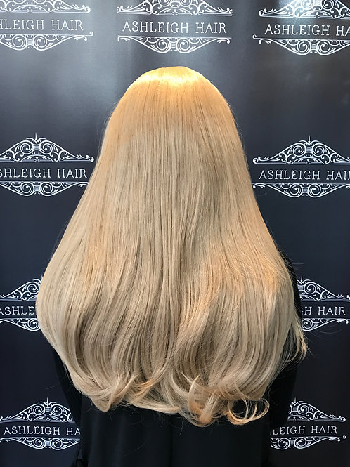 Colour 18/24 straight (caramel blonde)