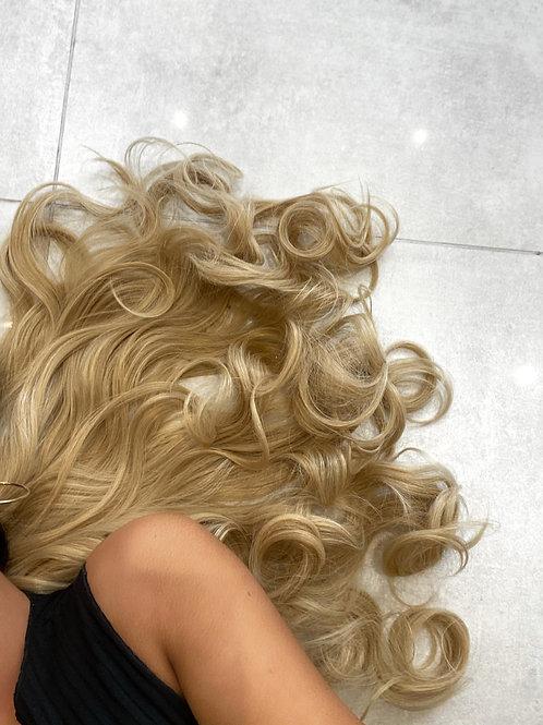 Colour 611kb88 (mixed golden light blonde)