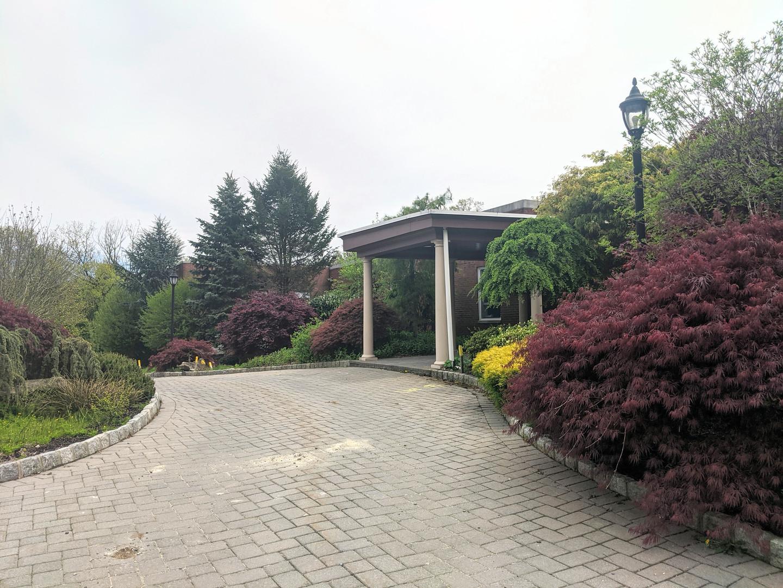 Kol Dorot Driveway 2