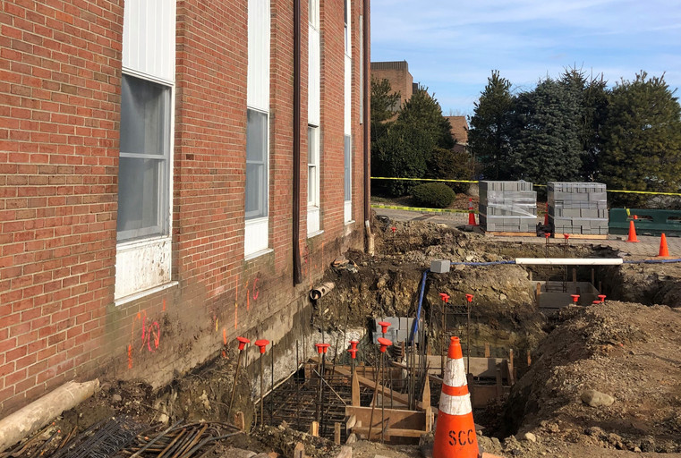 Front Elevator footings and glass vestib
