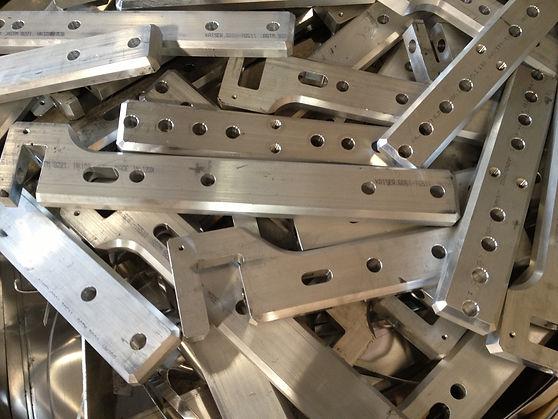 Clip Aluminum.jpg