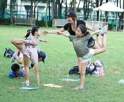 vic park yoga 3.jpg
