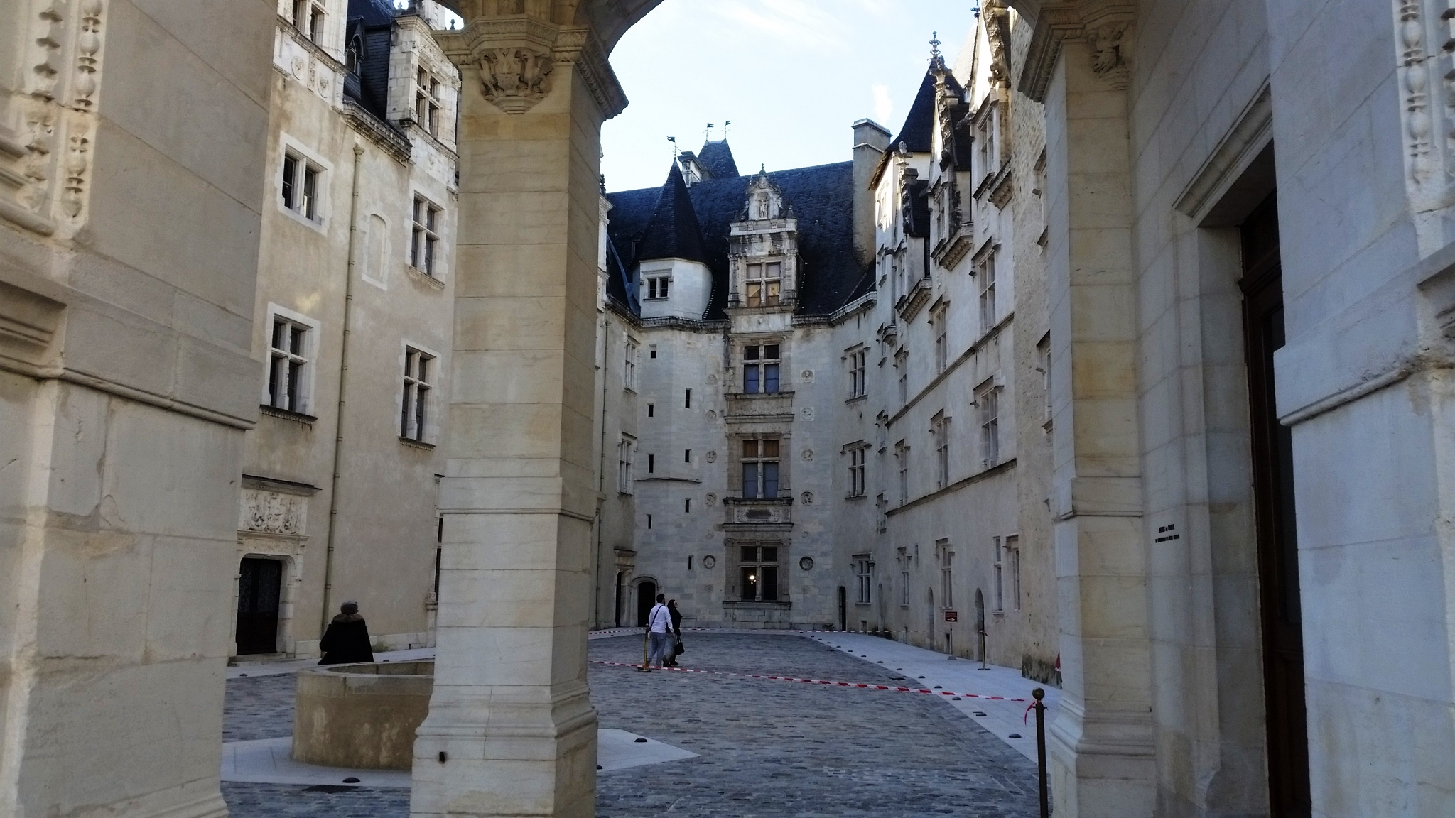 Pau Renaissance-style castle