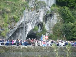 ルルドの奇跡の洞窟 The grotto