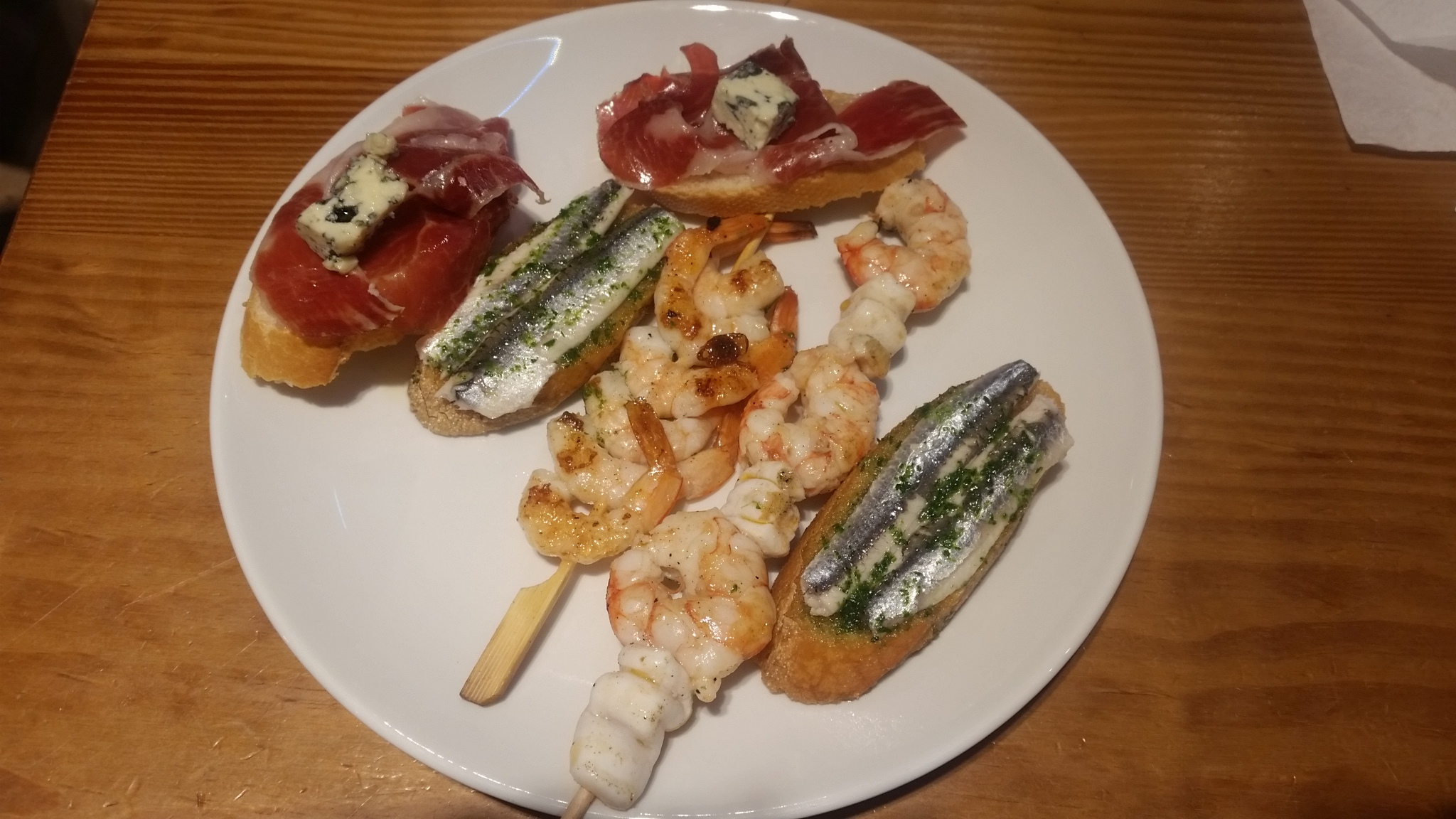 Pintxos (Tapas), Spanish snacks