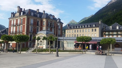 コートレ温泉街 Cauterets Spa town