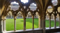 バイヨンヌの回廊 Bayonneの回廊 Bayonne cloister