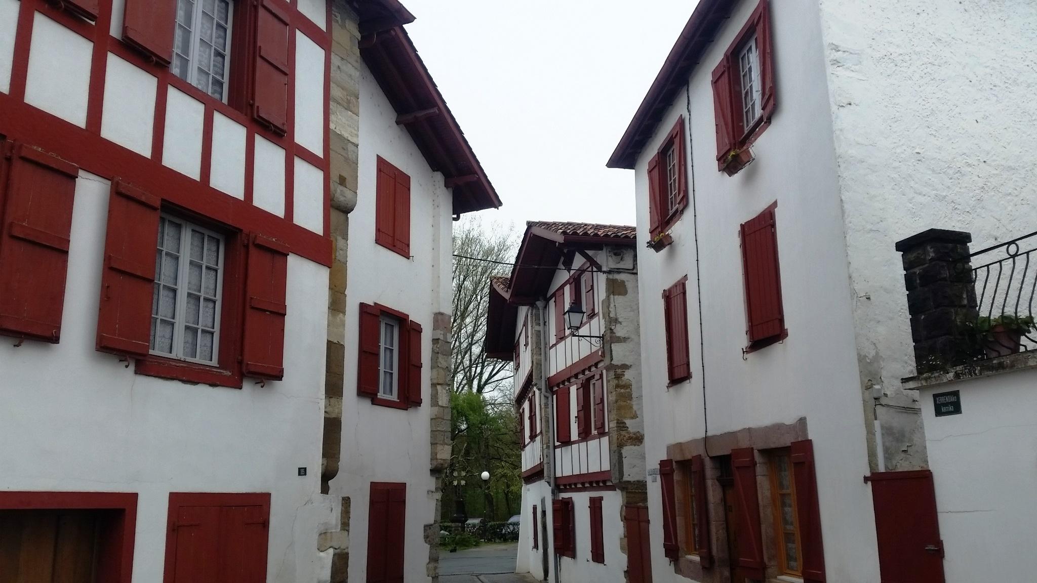 Espelette charming town