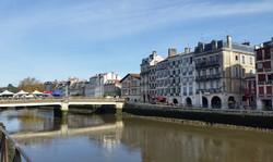 バイヨンヌの町並み Bayonne architecture