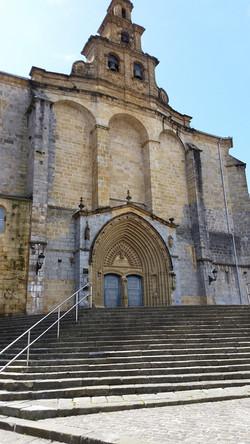 ゲルニカ市内の教会 Gernika