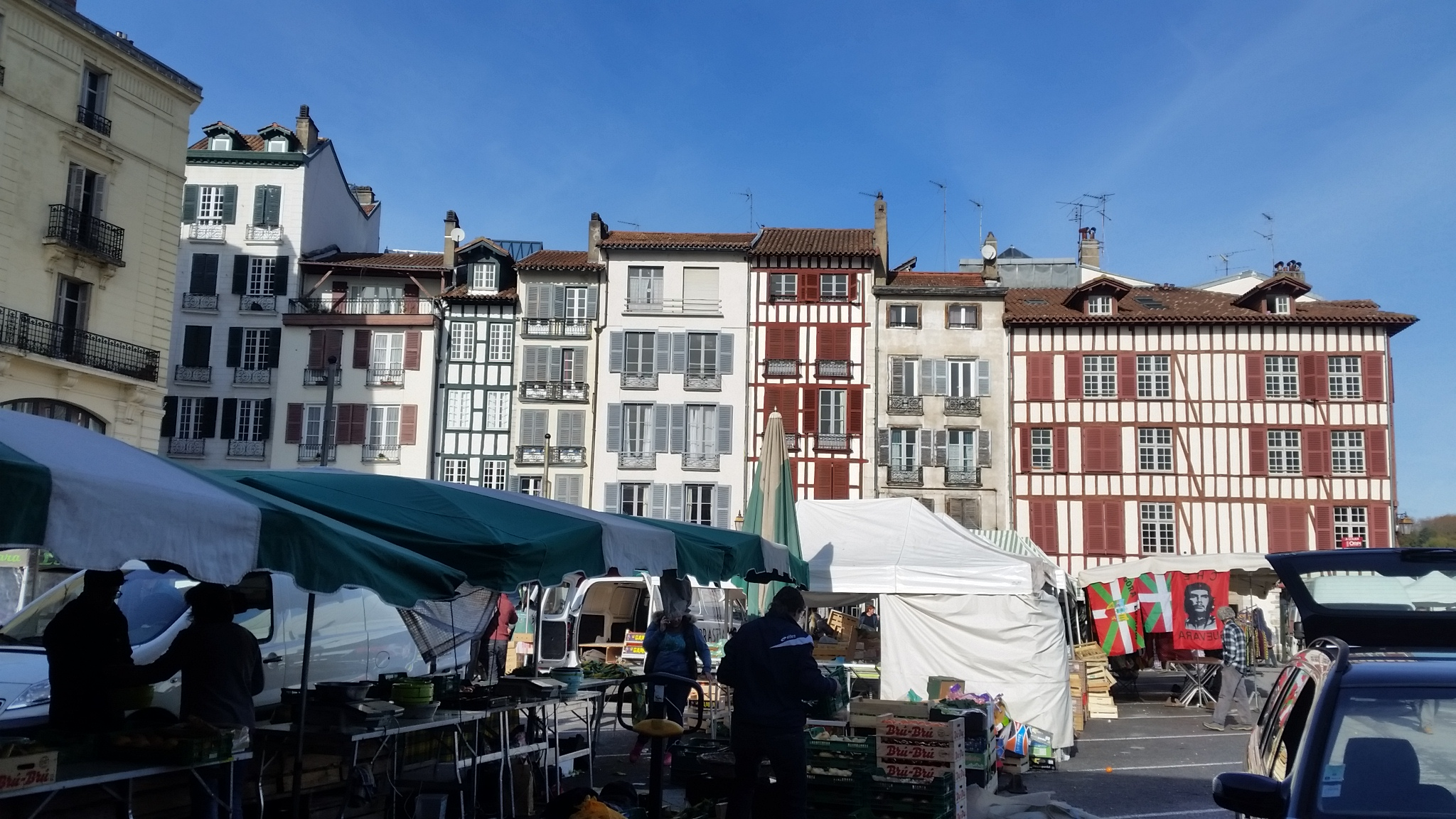 Bayonne on a Market day