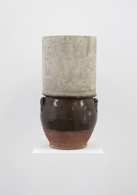 concrete pot 1.1.jpg