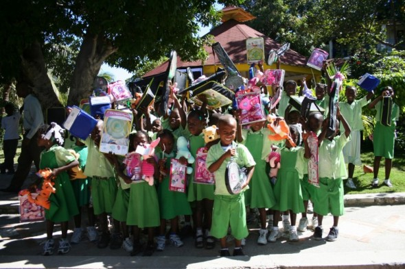 all school kids gifts 2006.jpg