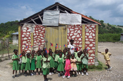 kids infront of little school 2006.jpg