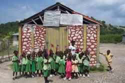 kids infront of little school 2006.jpg
