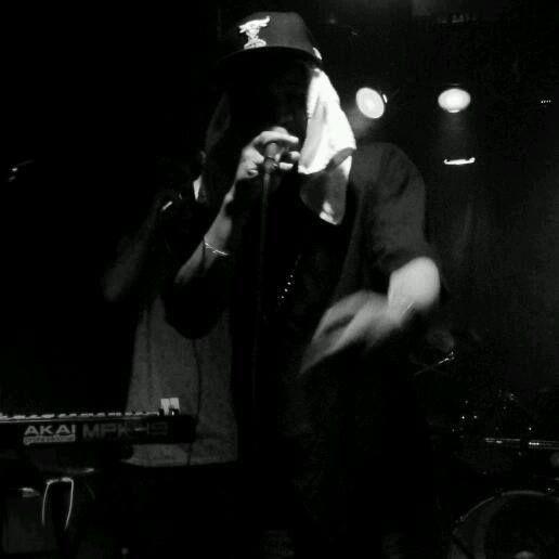 Music performance, album features.