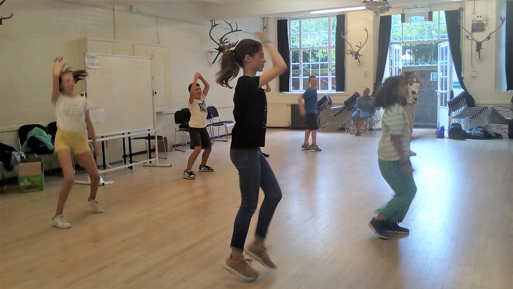 Dance on our English summer school for children