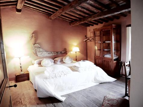 Sovrum med egen jacuzzi i rummet