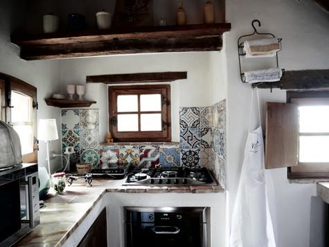 Det minsta av de tre köken i villan