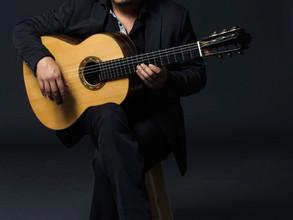 Iván Trinidad, estudiante de maestría en música presenta obra original.