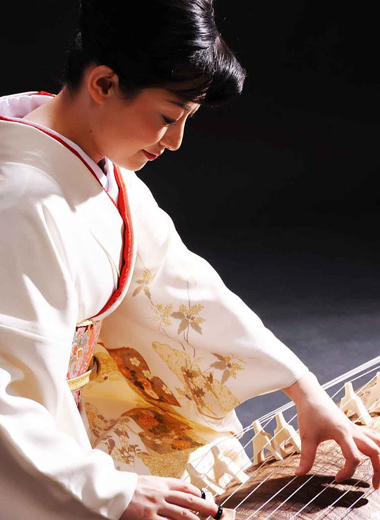 Ayako_whitekimono_head2.jpg