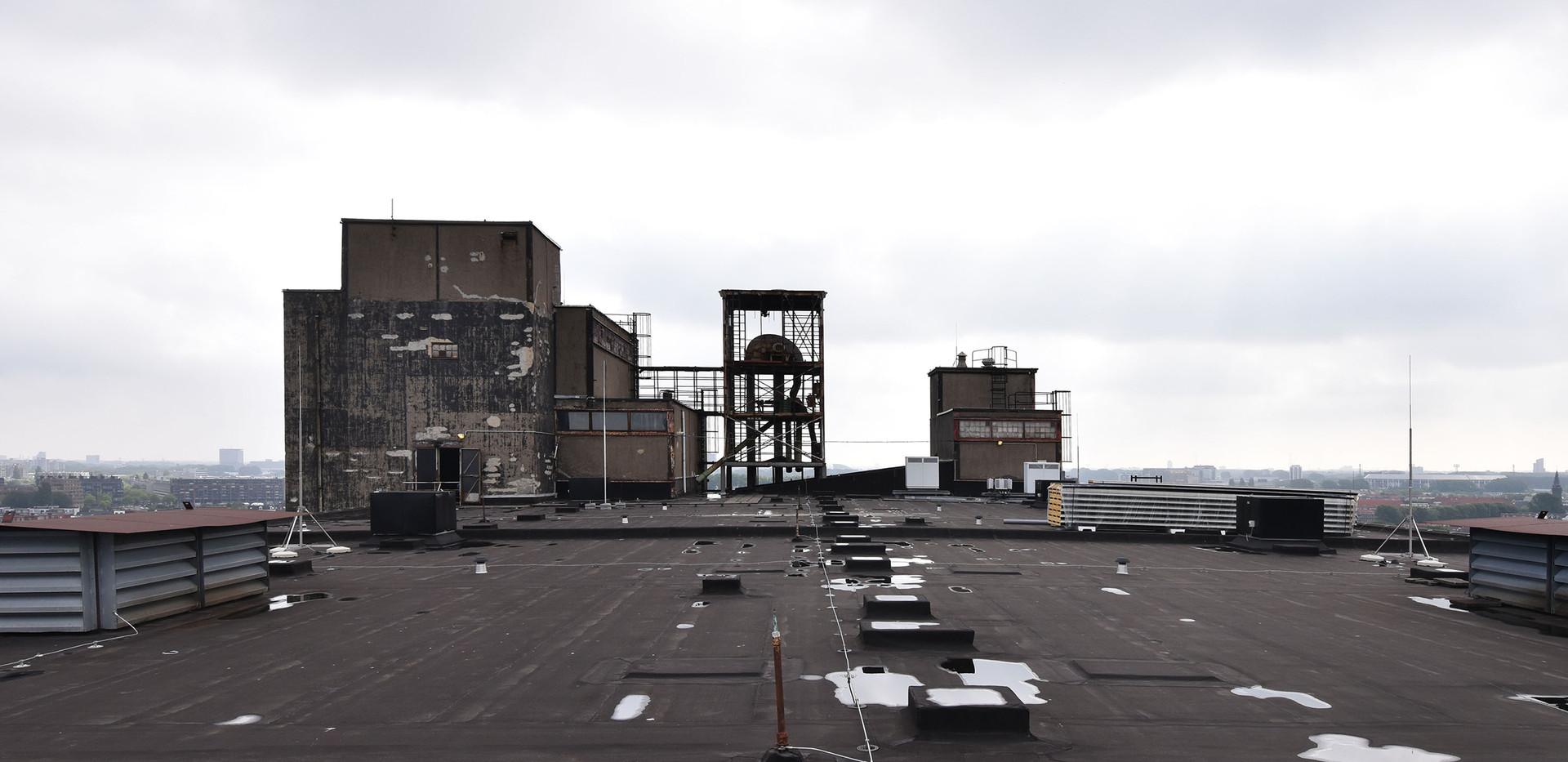 1811 Maassilo rooftop foto.jpg