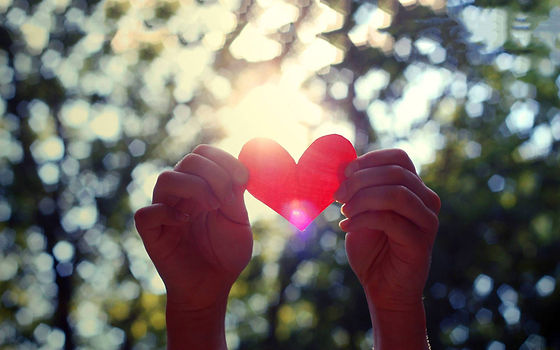 pic-Love-Heart-Hands.jpg