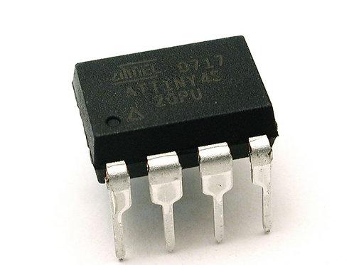 ATTINY 45 Microcontrolador