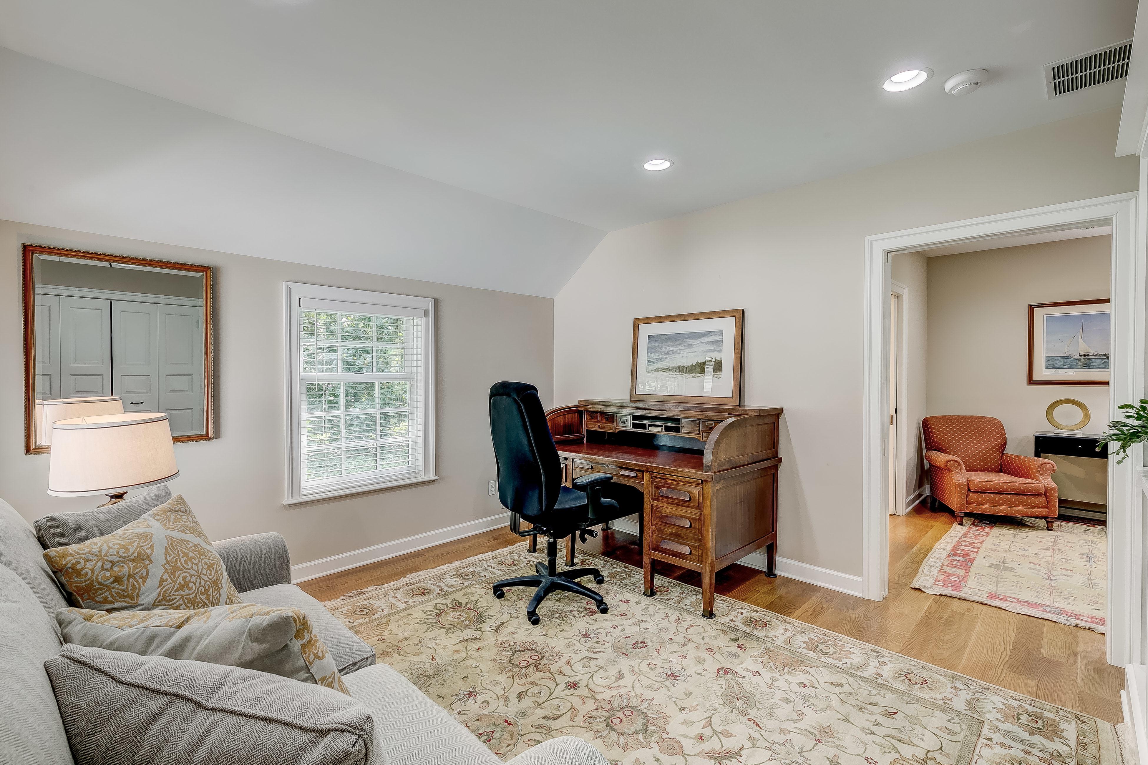 In-law bedroom/office