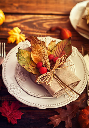 autumn-table-setting-000070756651_medium