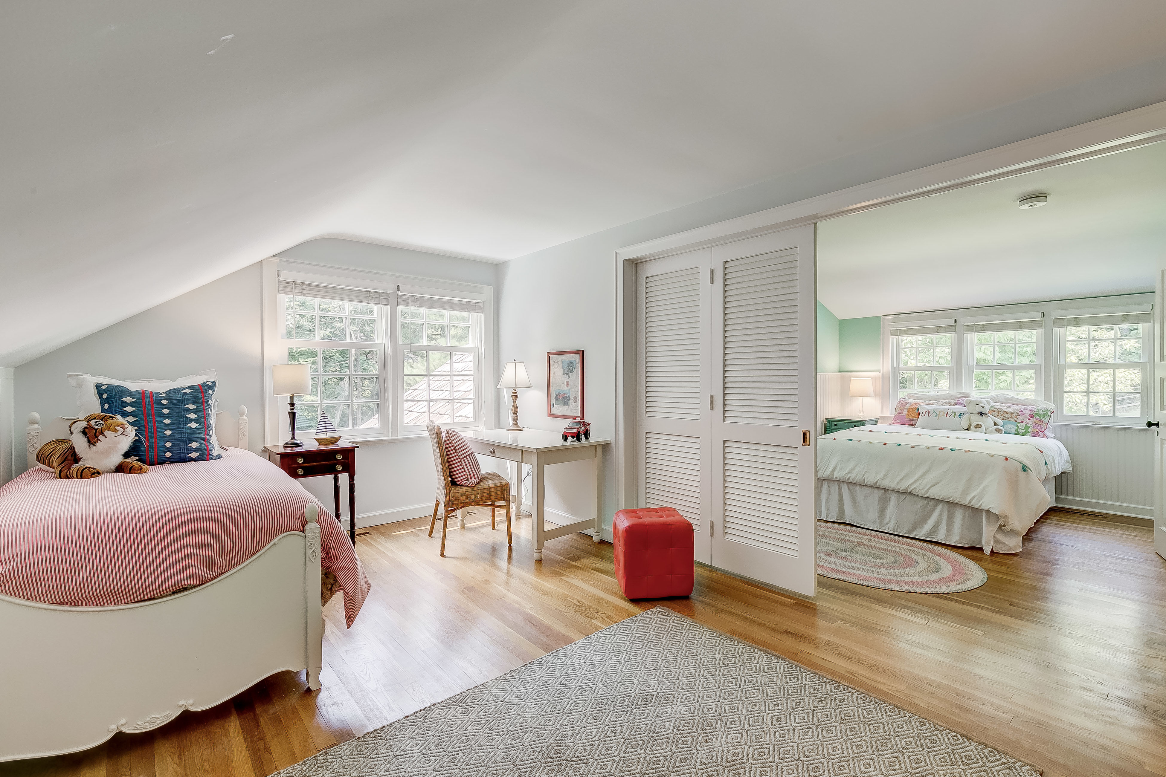 Louvered doors and open to join bedrooms