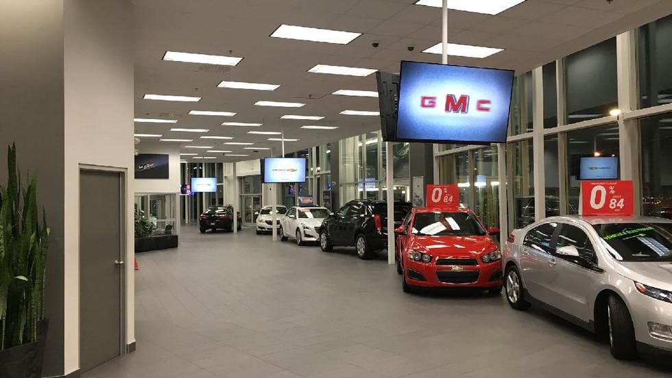 General Motors - Back to Back Displays