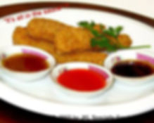 chicken_tenders_with_dipping_sauce_large