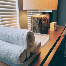 Towels in Room One.jpg
