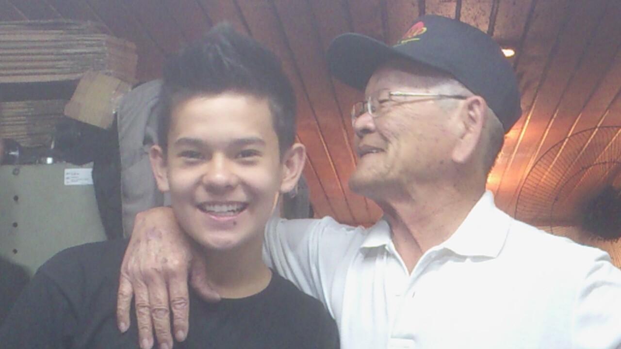 Tamura e seu neto Leandro