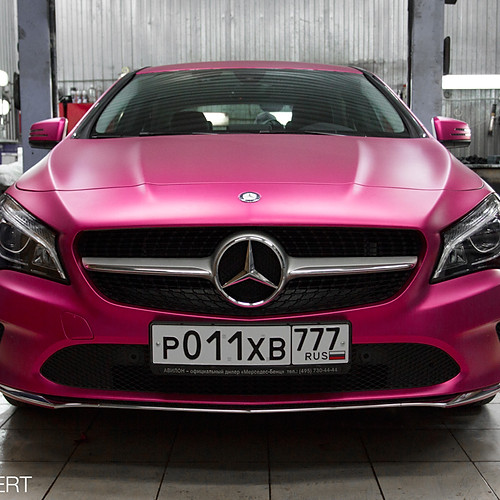Mercedes-Benz CLA Royal Pink
