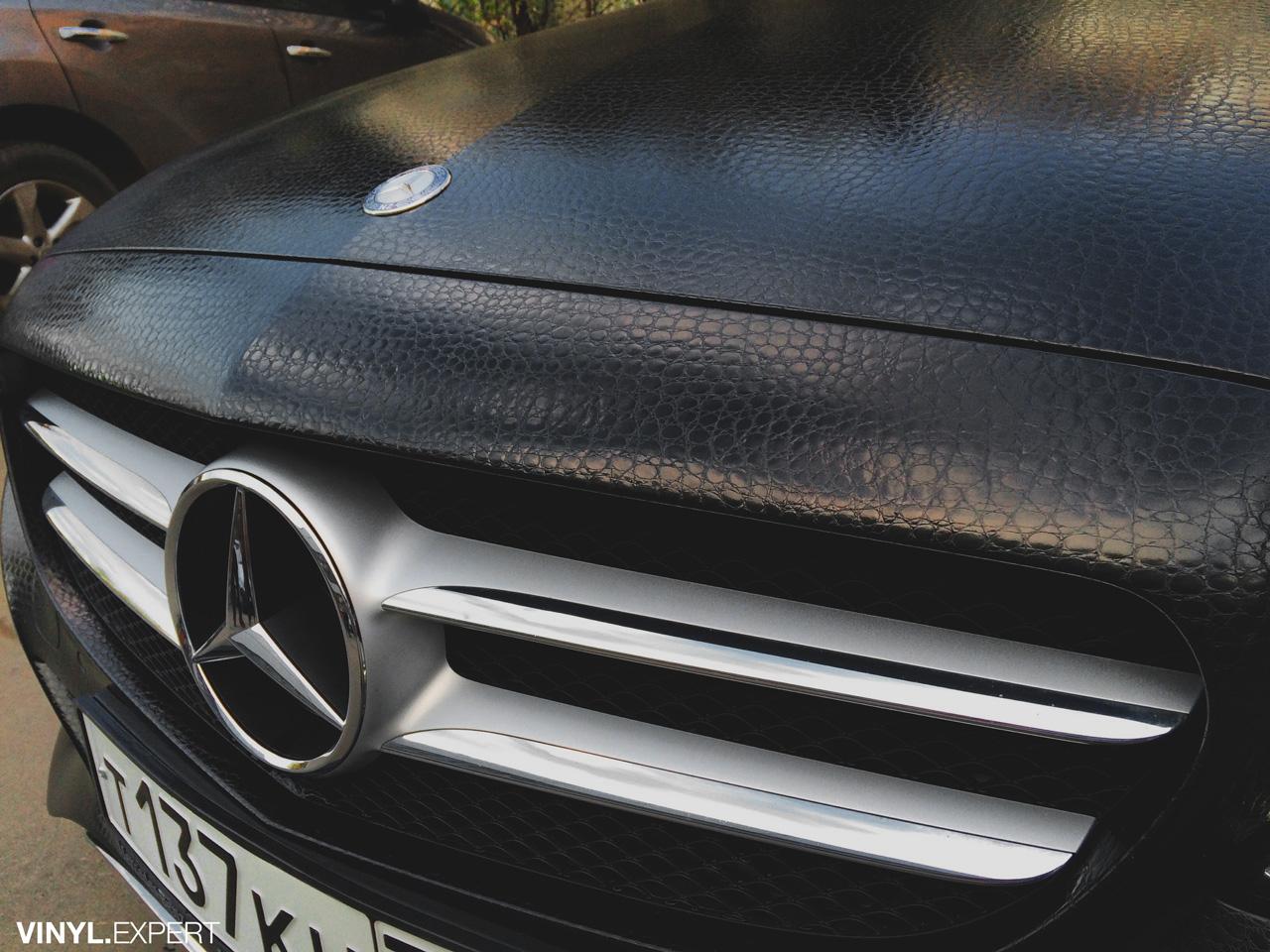 Оклейка авто виниловой пленкой