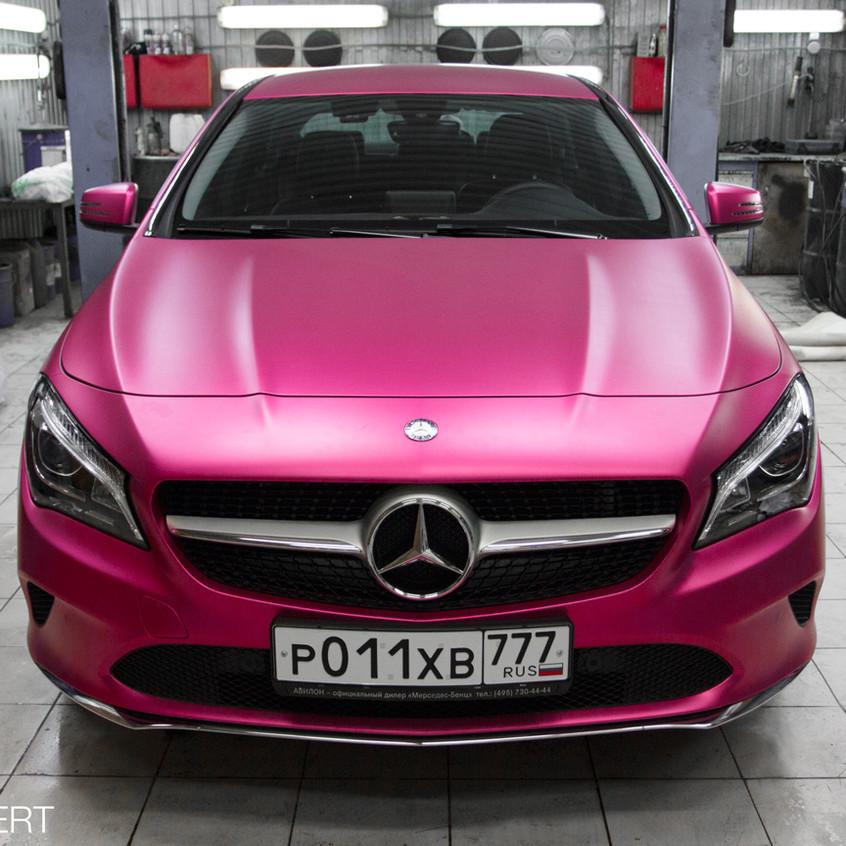 Оклейка Mercedes-Benz CLA плёнкой TeckWrap Royal Pink