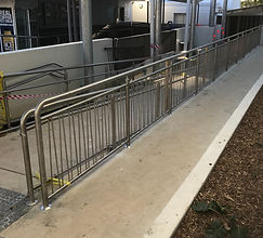 stainless steel vertical handrail and balustrade