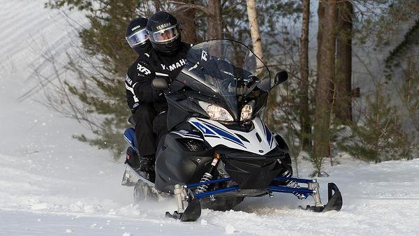2021-Yamaha-RSVENTURE-TF-EU-Powder_White