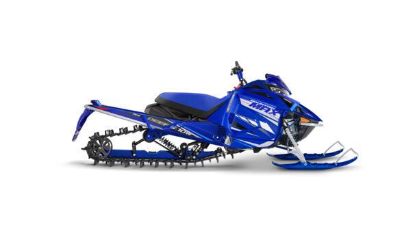 2021-Yamaha-MOUNTAIN-MAX-154-EU-Racing_B