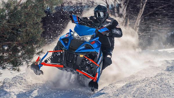 2022-Yamaha-SIDEWINDER-X-TX-EU-_Glacier_