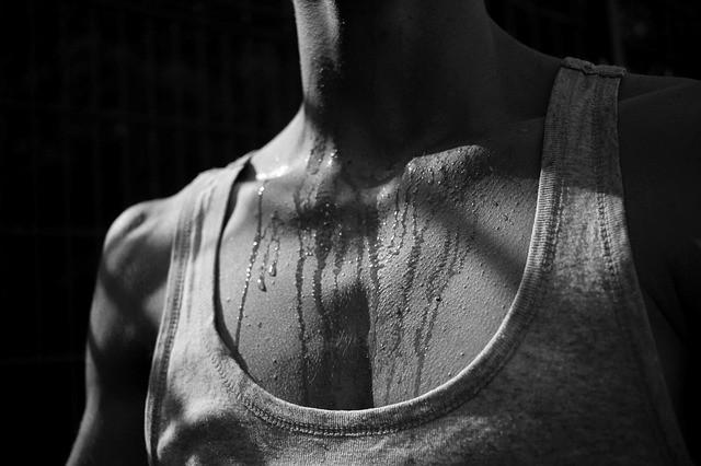 Sweat Black & White