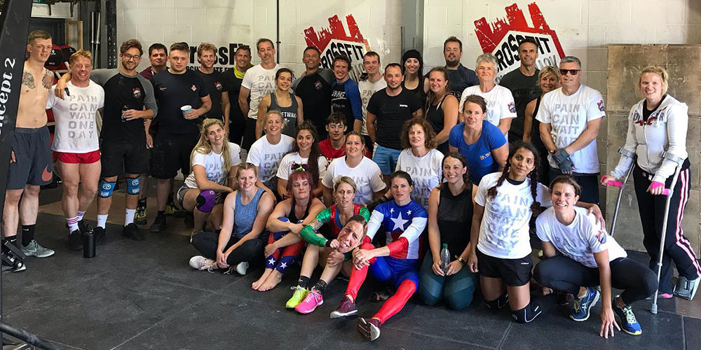 Group photo: 24h WoDathon for RV1 charity at CrossFit Sweet Track