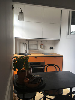 Appartement B.