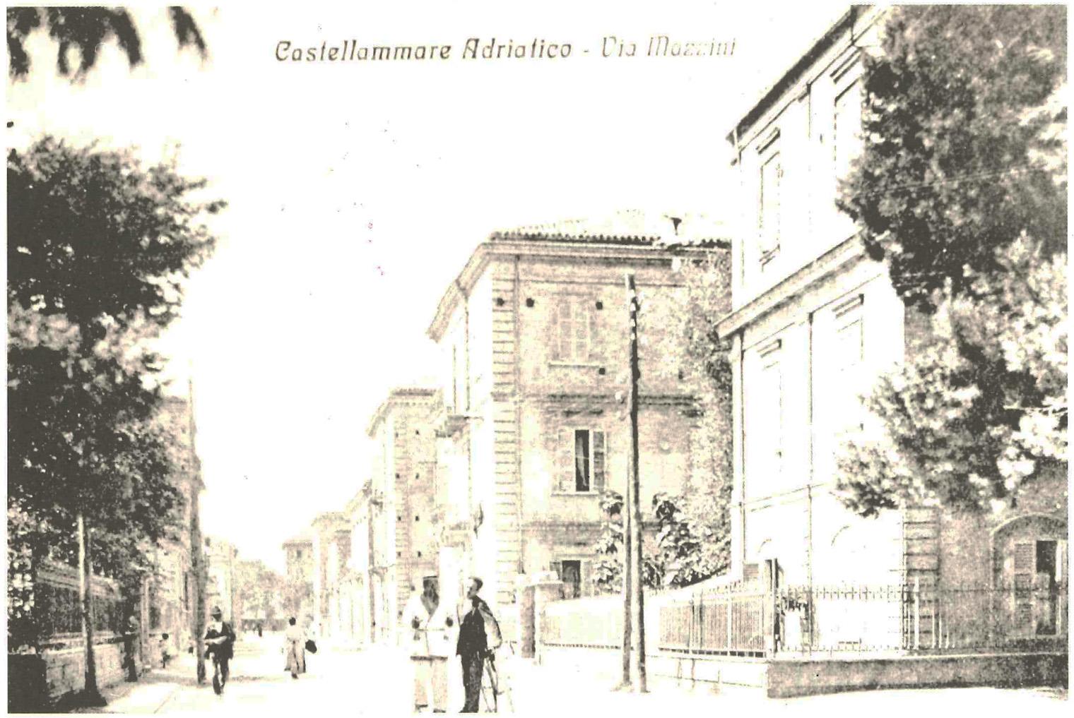 Castellammare Adriatico_Via Mazzini 1