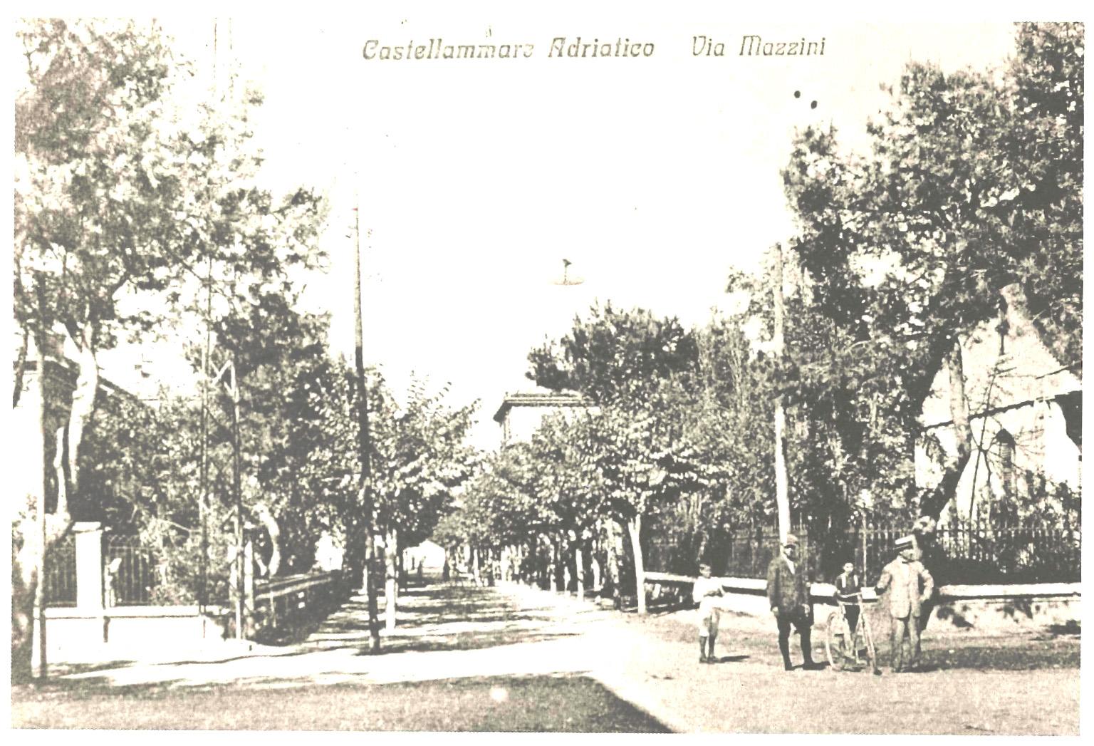 Castellammare Adriatico_Via Mazzini 2